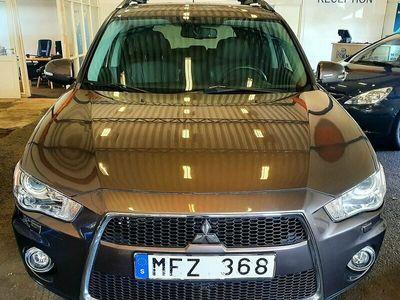 begagnad Mitsubishi Outlander 2.2 Di 4WD Sportronic 7-sits (Automat)