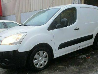 begagnad Citroën Berlingo Van 1.6 HDi 3 sits Ny besiktigad 2012, Transportbil Pris 35 000 kr