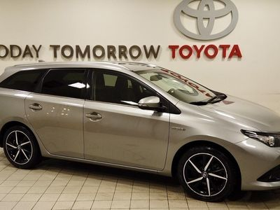 begagnad Toyota Auris Touring Sports Hybrid