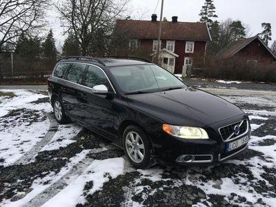 begagnad Volvo V70 Momentum D3