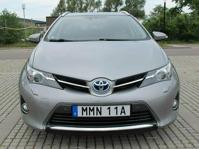 begagnad Toyota Auris 1,8 HYBRID TOURING