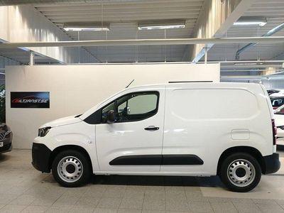 begagnad Peugeot Partner Skåpbil Inbusiness L1 1.2 PT