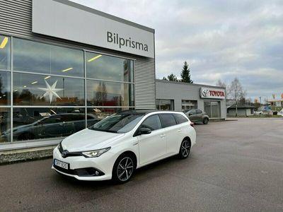 begagnad Toyota Auris Touring Sports Hybrid Selection Bi-Tone