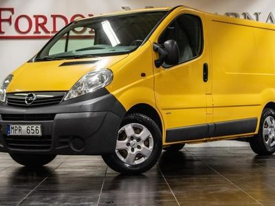 begagnad Opel Vivaro 2.5 CDTI KAMREMSBYTT DRAG 2011, Personbil 68 900 kr