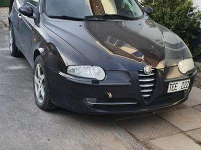 begagnad Alfa Romeo 147 defekt ( motor fel )