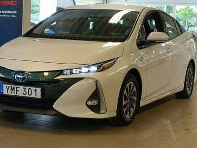 begagnad Toyota Prius Plug-in Hybrid 1,8 ACTIVE V-HJUL NAVI M-VÄRM TKG