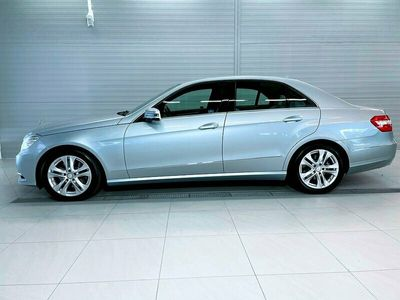 begagnad Mercedes E300 BlueTEC HYBRID 7G-Tronic Plus 231hk