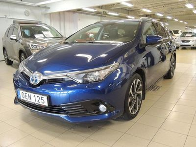 begagnad Toyota Auris Touring Sports Hybrid 1.8 VVT-i CVT Comfort Euro 6 136hk