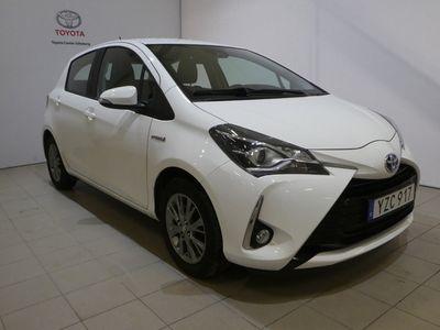begagnad Toyota Yaris Hybrid Active 2018, Halvkombi Pris 134 900 kr