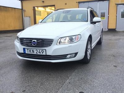 begagnad Volvo V70 II D4