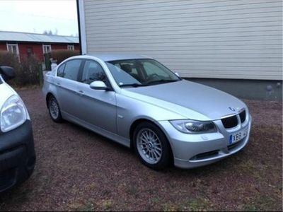 begagnad BMW 325 i Advantage, Comfort, Dynamic