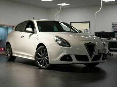 begagnad Alfa Romeo Giulietta Veloce 1,6 JTDM 16V 105 HK