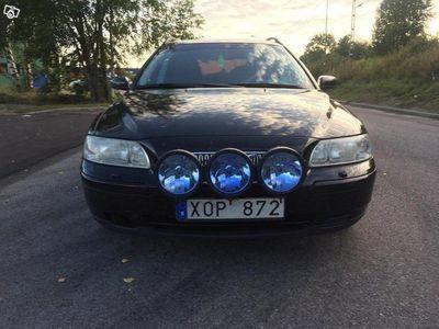 begagnad Volvo V70 Ny skatt. Ny bes.