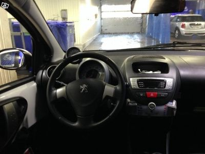gebraucht Peugeot 107 Active 5d, v+s däck, 68hk -13