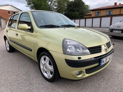 begagnad Renault Clio 1.2 75Hk 5Dr Nybes -05