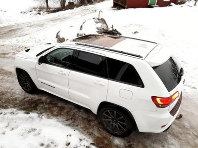 begagnad Jeep Grand Cherokee SRT - Night Edition