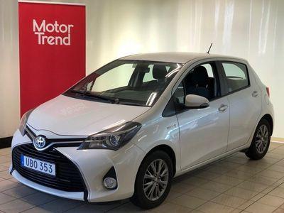 begagnad Toyota Yaris Hybrid Active Light pack