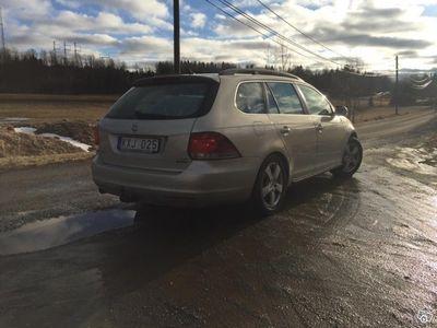 begagnad VW Golf Variant 1.6TDI Bluemotion -11
