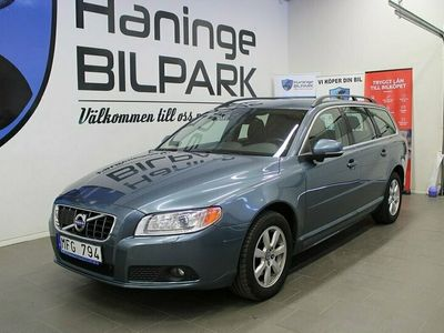 begagnad Volvo V70 T4 Momentum / AUTO / BLIS / PDC / DRAGKROK / 180hk