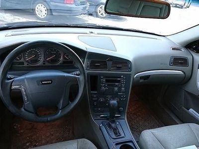 begagnad Volvo V70 2,5 T Automat 170hk dragkrok