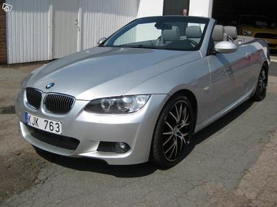 "begagnad BMW 335 Cabriolet M-SPORT 20"" AKRAPOVIC"