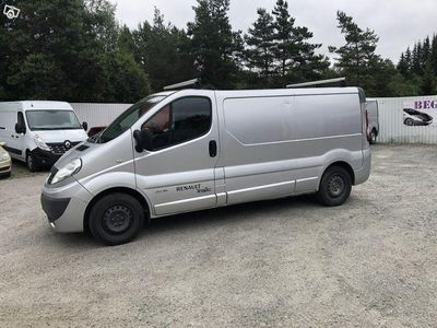 used Renault Trafic 2.0 dci Nybes. Lång -08