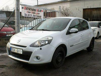 begagnad Renault Clio 1.2 Endast 2600 Mil Nybytt kamrem Nyservad
