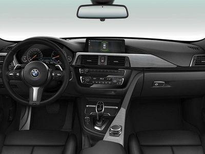begagnad BMW 320 d A xDrive Sedan Steptronic M Sport -18