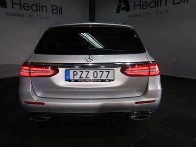 begagnad Mercedes E220 4-MATIC AVANTGARDE / PARKERINGSVÄRMARE /