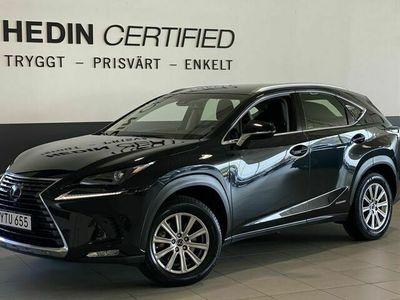 begagnad Lexus NX300h AWD Executive / / NAV / / V - hjul (197Hk)