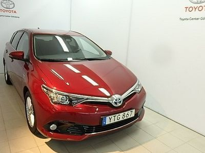 begagnad Toyota Auris 1,8 HYBRID 5-D INTENSE EDITION