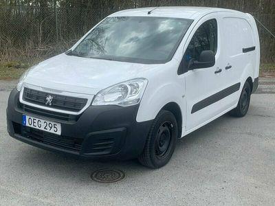 begagnad Peugeot Partner Skåpbil 1.6 BlueHDi Eu6,Drag,3Platser,Värmare,ACmm