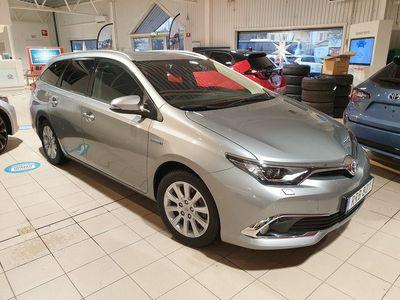 begagnad Toyota Auris 1,8 Hybrid TS Executive V-hjul
