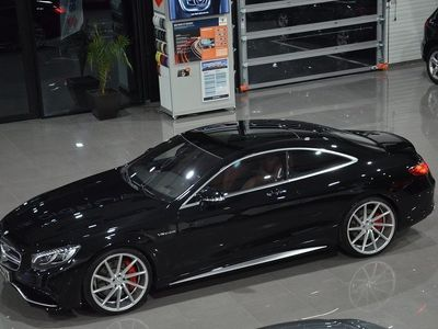 begagnad Mercedes S63 AMG AMG 4MATIC Coupé AMG Speedshift MCT Exclusive