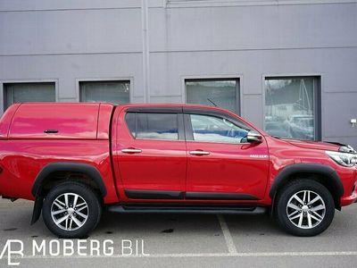 begagnad Toyota HiLux 2.4 150hk AWD Kåpa Premium Värmare