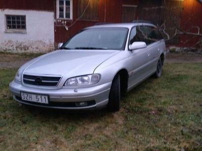 begagnad Opel Omega 2,2 16v