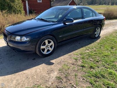 used Volvo S60 2,4t -03