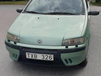 begagnad Fiat Punto 3 dörrar 1,2 60Hk bensinsnål