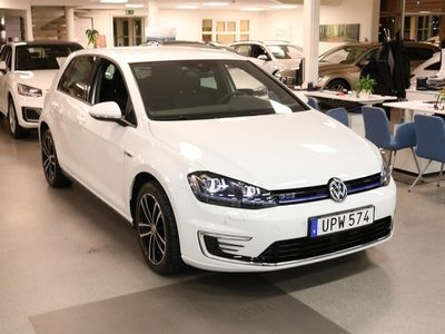 begagnad VW Golf GTE 1.4 Plug-In Park Assist