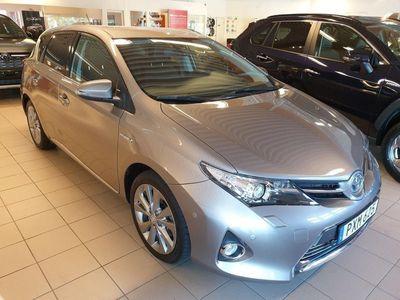 begagnad Toyota Auris 1,8 Hybrid Executive 5D