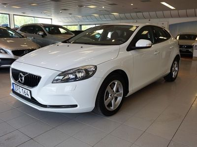 begagnad Volvo V40 T3 aut Business II, Klimatpaket VOC, on Call - värmare, År