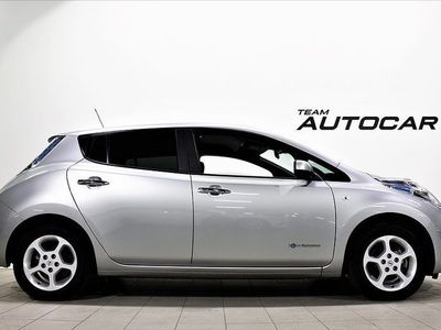 begagnad Nissan Leaf 30 kWh 109hk GPS LAGERRENSNING 1,95%
