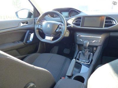 begagnad Peugeot 308 SW Active - 120 hk BlueHDI Auto -16