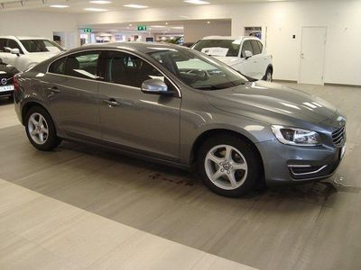 begagnad Volvo S60 D3 Momentum Business Edition -16