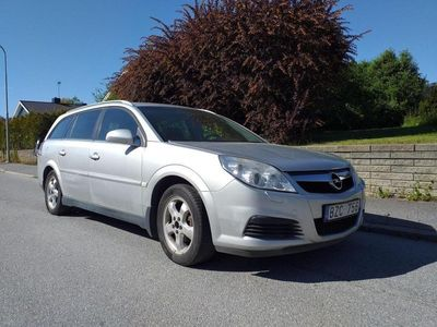 begagnad Opel Vectra Kombi Enjoy 2.2