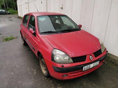 gebraucht Renault Clio R.S. 5-dörra Halvkombi 1.4 Expressi -01