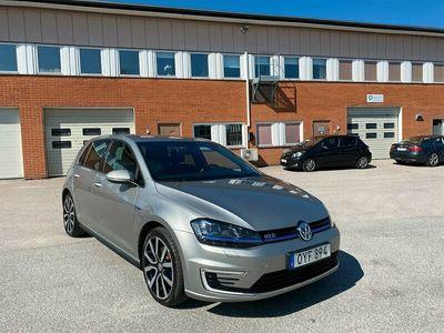 begagnad VW Golf GTE 1.4 TSI 204hk Automat Navi Drag Euro 6