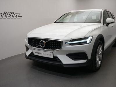 begagnad Volvo V60 CC D4 AWD SE II. Dragkrok. on Call. Miljöklass Euro6d-TEMP