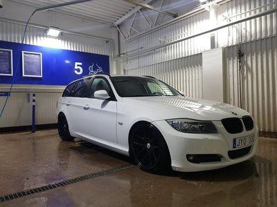 begagnad BMW 320 d Touring - Ny turbo