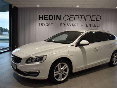 begagnad Volvo V60 TWIN ENGINE // Plug-in Hybrid AWD Summum